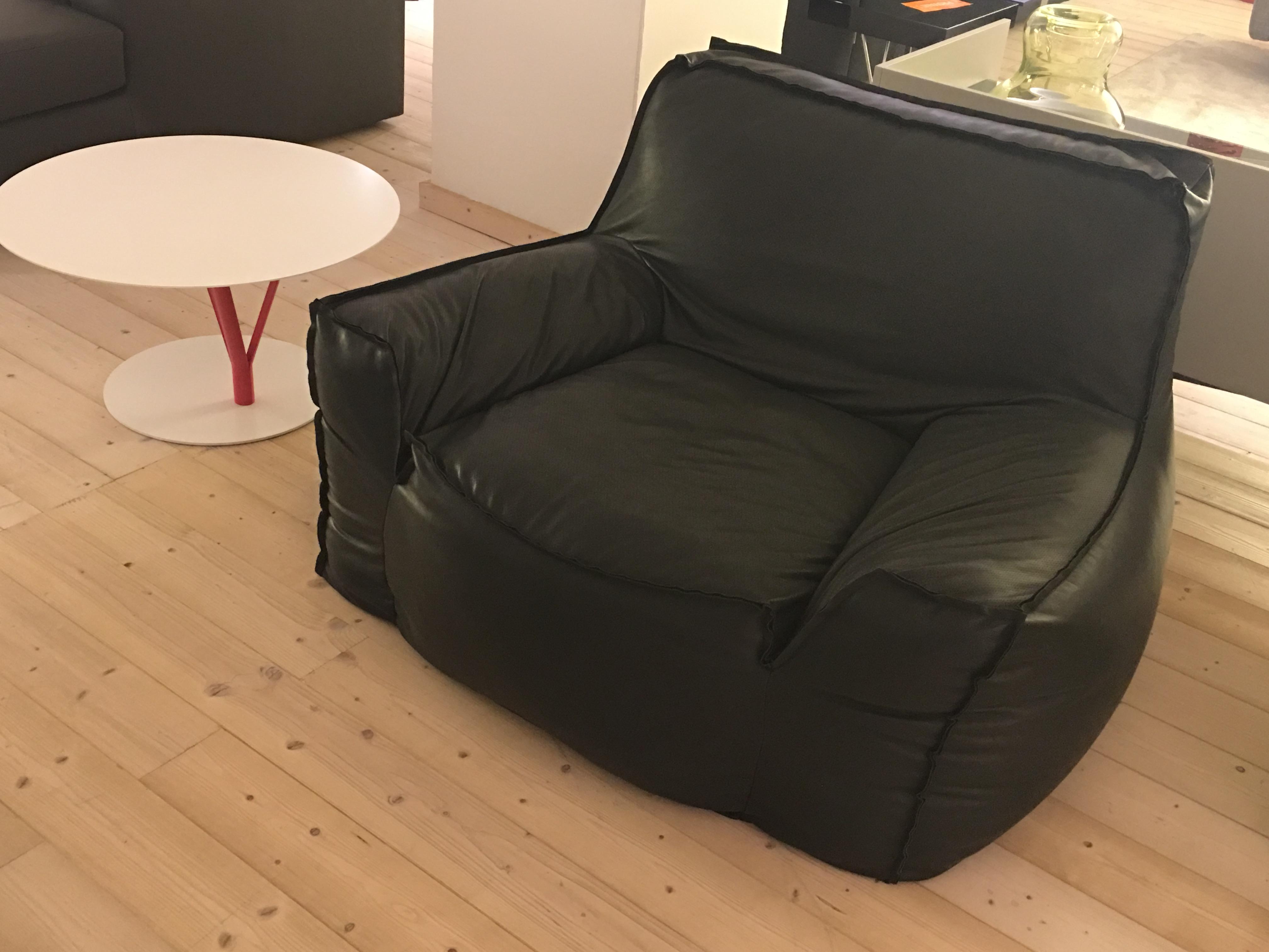Jelli a 950 00 outlet divani bensa arredamenti for Cn arredamenti